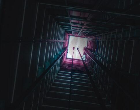 asansor-dark